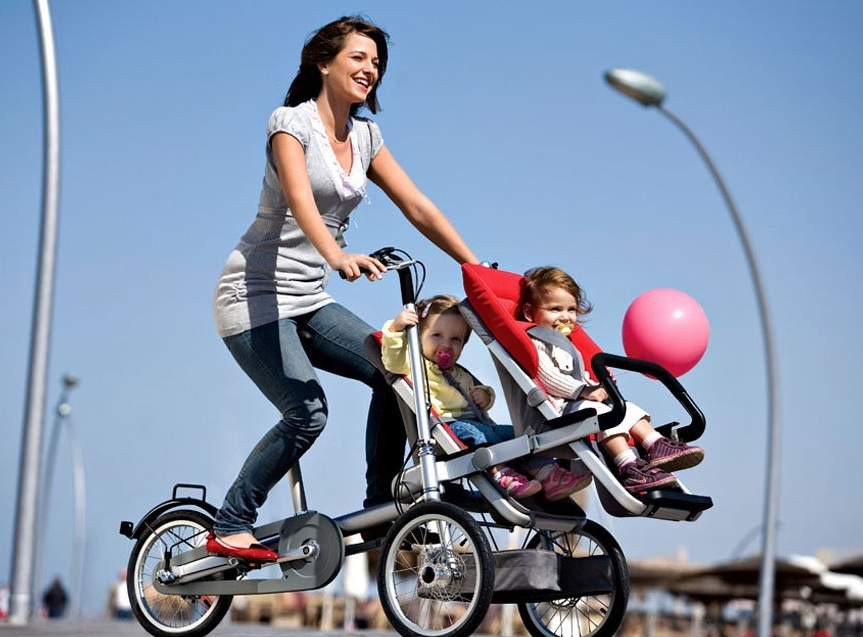 The Taga Hybrid Bike-Stroller Goes from Road to Whole Foods Shopping in 30s Flat