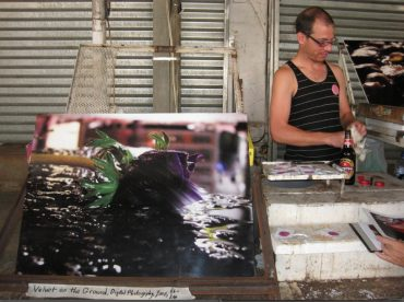 """""""Mother Told Me Not To Touch Garbage"""" and Other Reasons To Make Recycled Art in Tel Aviv"""