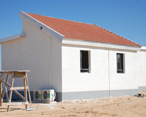 Green housing construction gets underway in Israel, creates jobs in Negev town of Yeruham