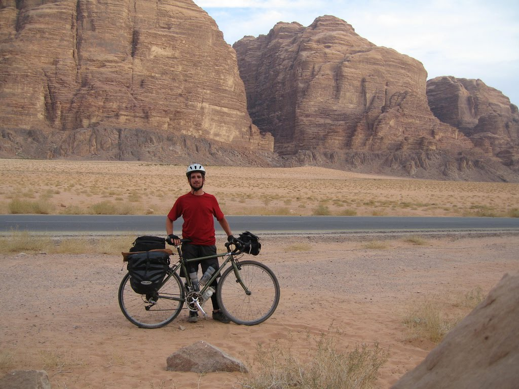A Quick Guide To Travelling By Bike in the Middle East