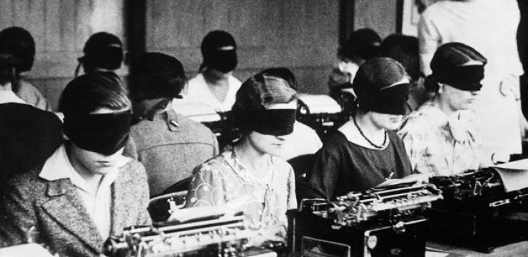 blindfold-typing-contest-france-climate-change.jpg