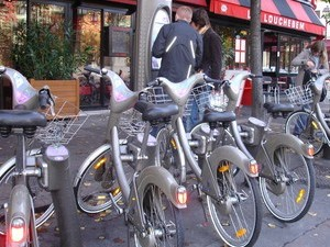 Tel Aviv Cafes Offer Great Cappucinos and Free Bike Rentals