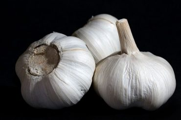 How Green Is Your Garlic?
