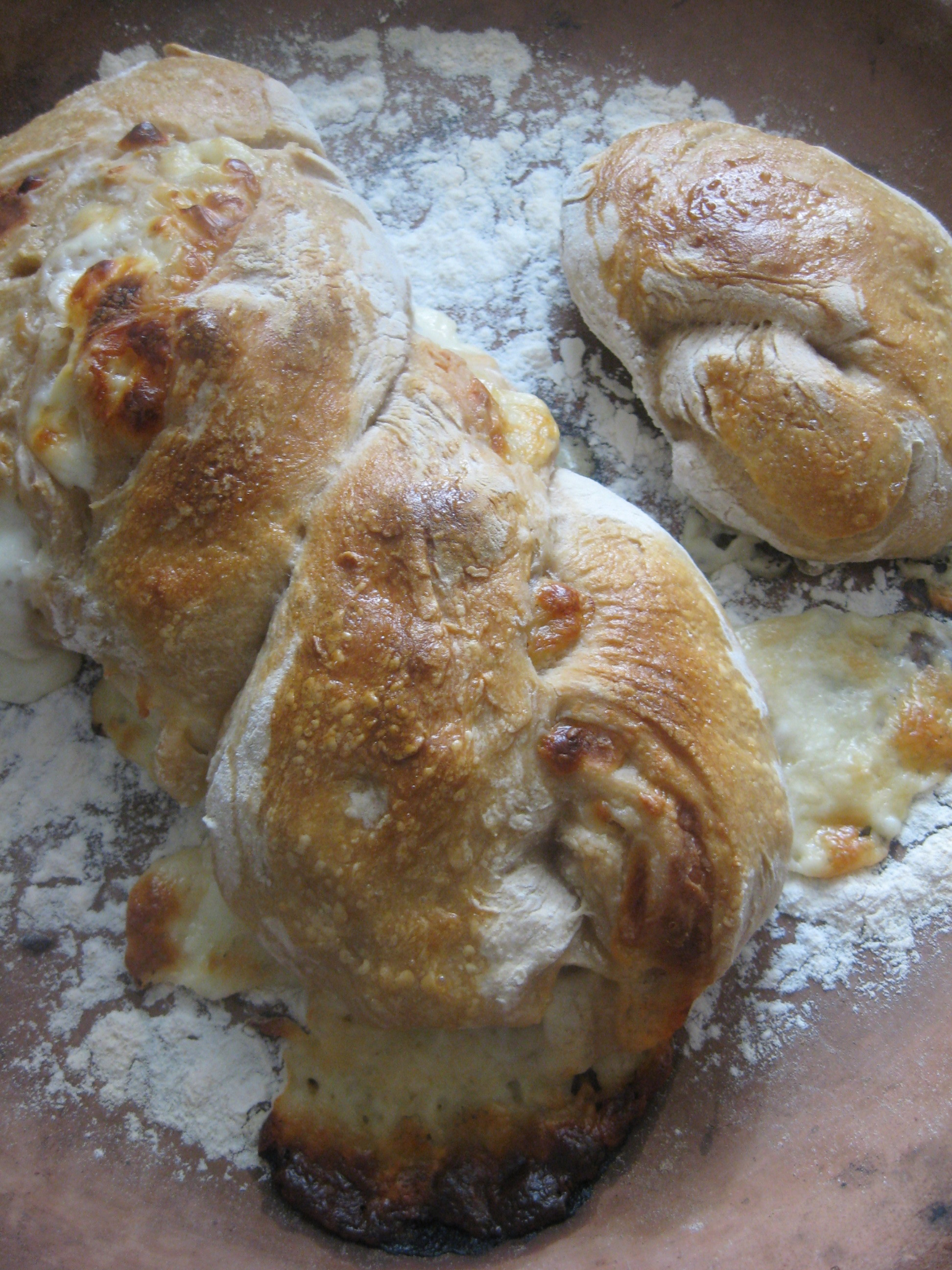 image-sourdough-cheese-bread