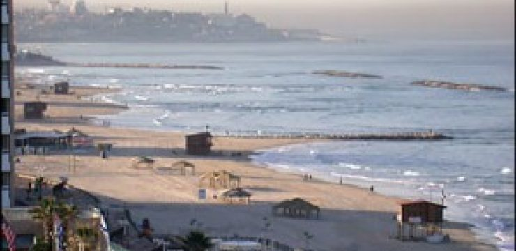 beach_smog-green-prophet-environment-ecology-israel-tel-aviv-university-300x225.jpg