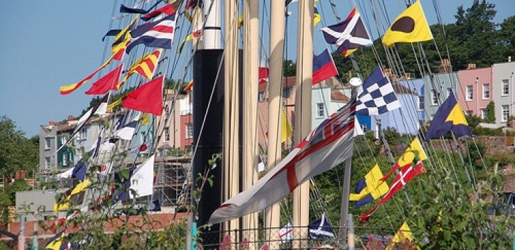 boat-photo-flags.jpg