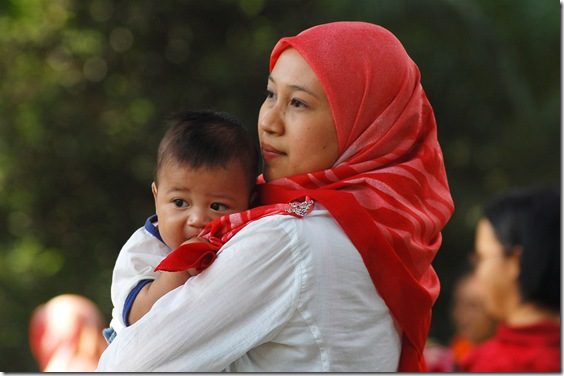 hijab-mother-baby