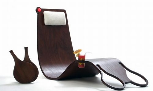 """Groovy"" Design Duo Makes the Most out of Matkot"