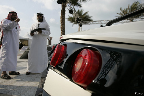 Abu Dhabi Calls On Its Residents to Stop Polluting the Environment… With Abandoned Cars
