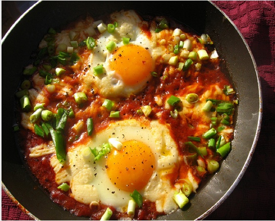 RECIPE: Shakshuka, Tunisian Eggs Poached in Tomato Sauce
