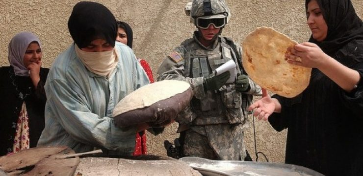 iraq-bread-baking-army.jpg