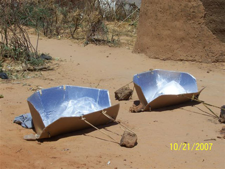 """Green"" Solar Coooker Project Prevents Darfur Rapes"