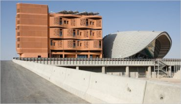 NY Times: Masdar City's Just A Futuristic Playground For The Rich