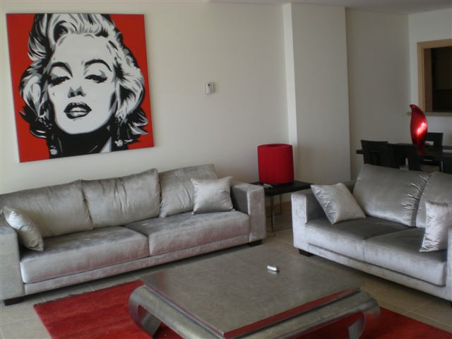 "Marilyn Monroe And ""The Salon of Beauty"" In Dubai"