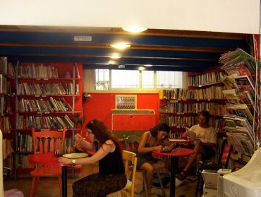 Tel Aviv's Salon Mazal to Host a DIY Recycled Craft Workshop This Week