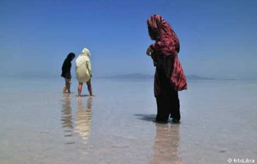 """Iran's """"Dead Sea"""" Lake Urmia is drying up with no one to protect it"""