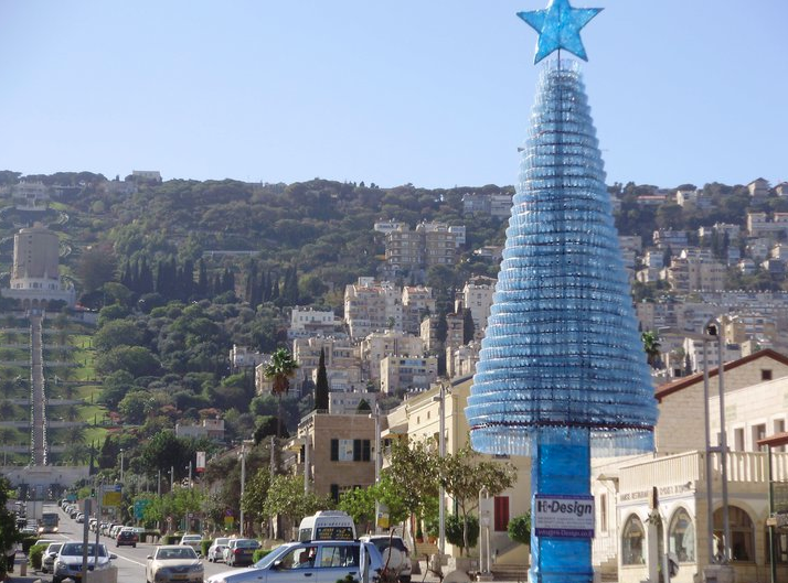Haifa Christmas Tree Made From Over 5 000 Recycled Plastic