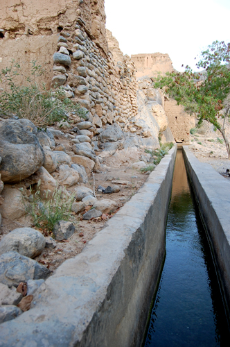 Aflaj: Ancient Channels Keep Water Flowing In The Desert