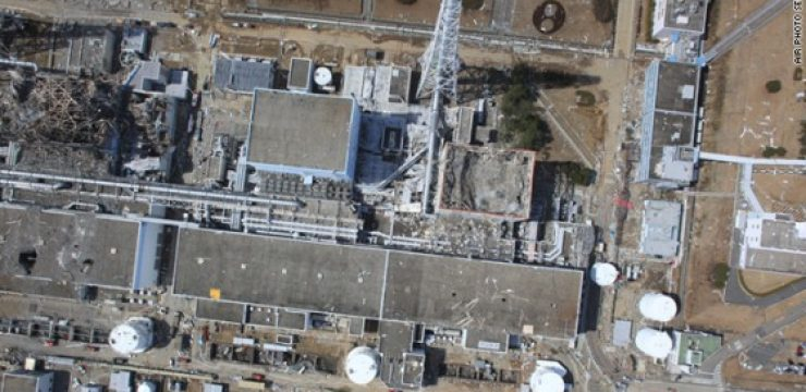 Fukushima-damaged-reactors-from-the-air-560x315.jpg
