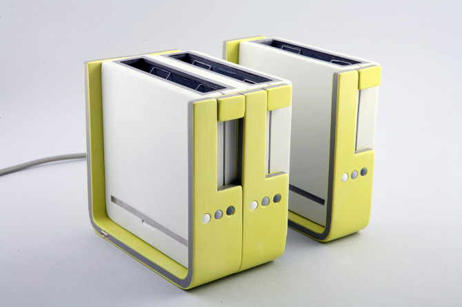 Modular Toaster Design Makes Toast for the Long Haul