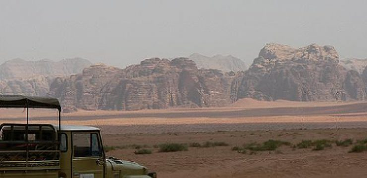 tourist-jeep-in-Wadi-Rum.jpg