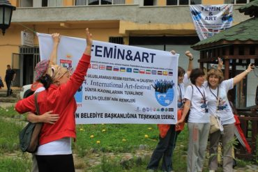 Black Sea Female Artists' Association Brings Organic Paint To The Masses