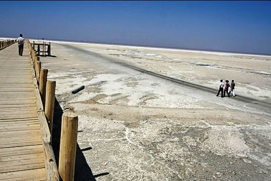 environmental degradation, Lake Urmia, Iran, Salt Lake, protestors