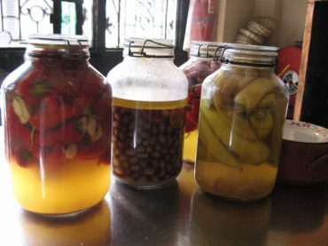 RECIPE: Late-Summer Pickled Peppers