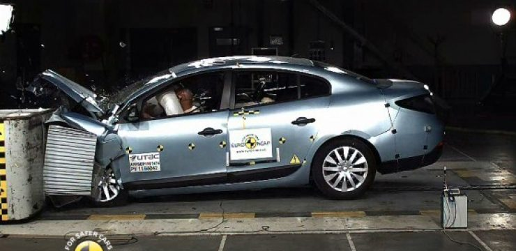 Renault-Fluence-crash-test.jpg