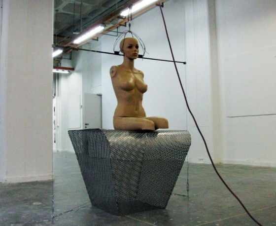 mannequin gravity chair, Israel designer, designs free fall