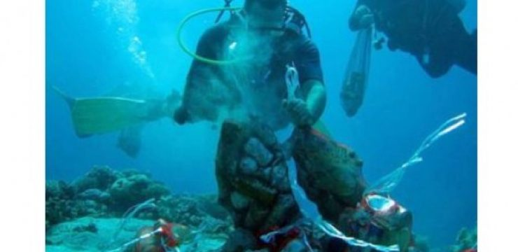 red-sea-trash-divers-jordan.jpg