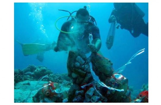 eid ul adha, red sea, trash clean up by divers