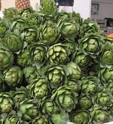 Artichokes and Oranges: December's Seasonal Produce
