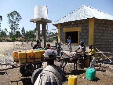 Ethiopia's New Solar-Powered Cell Phone Charging & Water Service