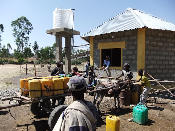 solar power, cell phone, water, water issues, ethiopia, desert, water pump, UV technology, clean tech, social design