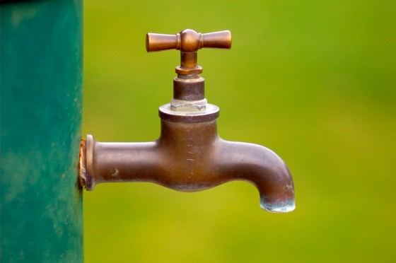 water issues, water saving tips, water conservation, recycling grey water, water waste, recycled water