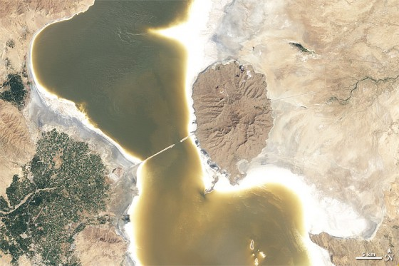 NASA, satellite images, Lake Urmia, Orumiyeh, climate change, shrinking lake, ecosystem collapse, Iran, environmental activism