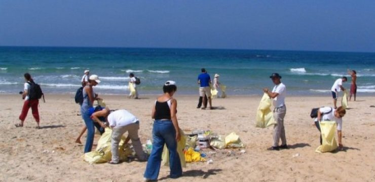 Zalul-beach-clean-up-efforts.jpg