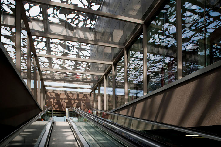 Turkey S Asmacati Shopping Center Replaces Green Ivy With