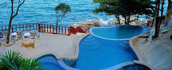Holiday on Samui's Rocky Shores at Baan Hin Sai