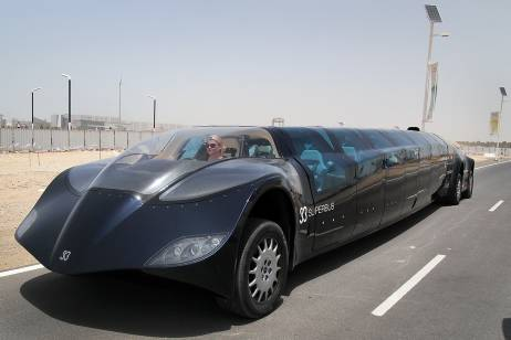dubai super bus