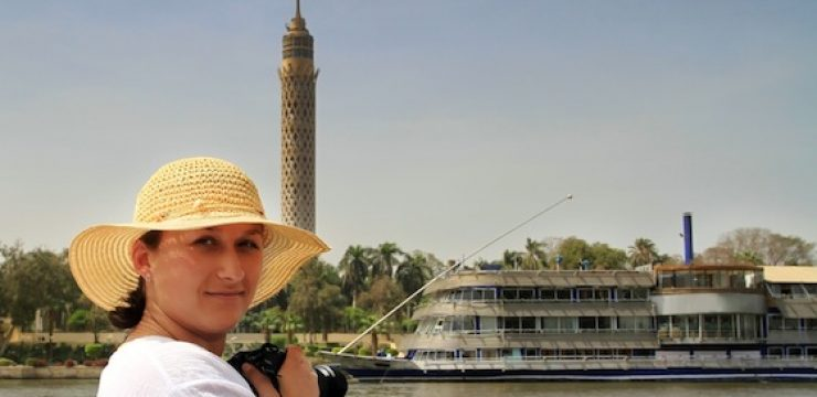 nile-cruise-woman.jpg