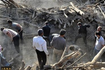 Iran Criticized For Response to Earthquake which Killed 306