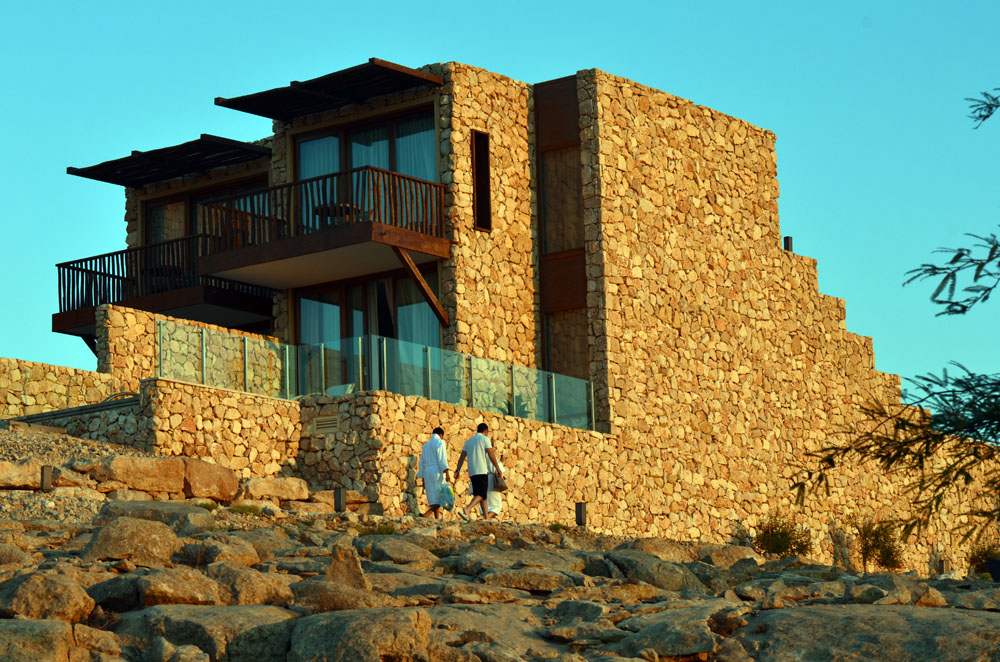 Isrotel Beresheet is a 5 Star Stone-Clad Hotel Overlooking Ramon Crater