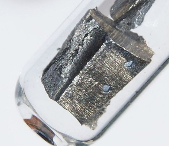 Neodymium rare earth metal