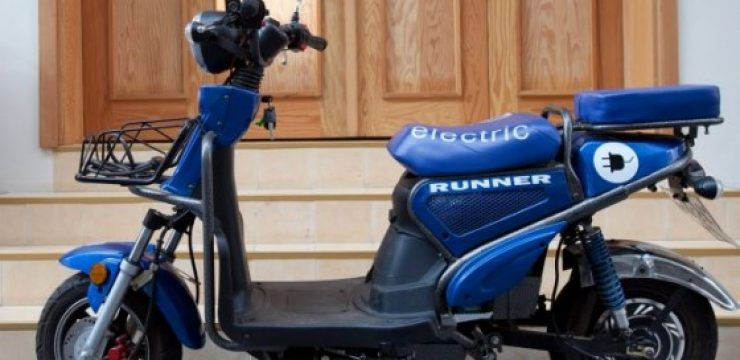 Runner-electric-scooter-by-Haaretz-and-David-Bacher.jpg