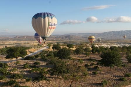 hot air balloon turkey cappadoccia