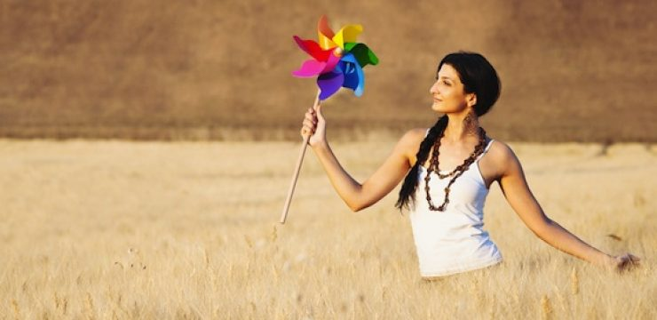 beautiful-woman-with-wind-toy.jpg