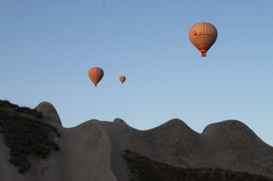 hot air balloon capadoccia Cappadoccia turkey, crash brazilian tourist dies