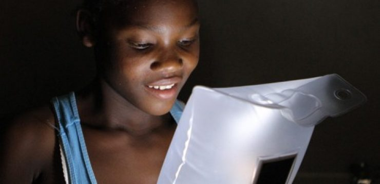 luminaid-inflatable-light-cando-haiti-e13497210941381.jpg